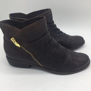Shoes - Fergie's size 8 1/2 M brown leather ankle boots